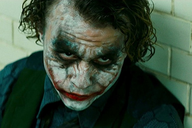 Nobody's Perfect - A Catalog of Mistakes and Changes in the US Dub - Page 13 Joker_batman_3_christopher_nolan_pic_02