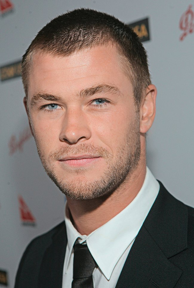 chris hemsworth height and weight. hair at Chris Hemsworth as