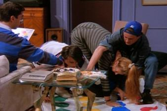 Joey et Rachel commencent à dater